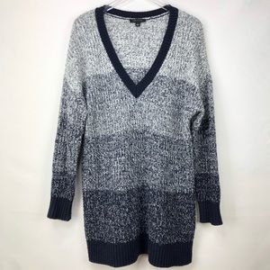 Ann Taylor | Long sleeves v-neck mixed wool dress